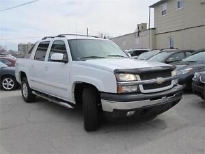 "2006 Chevrolet Avalanche LT Crew Cab 130"" WB 4WD V8 4X4"