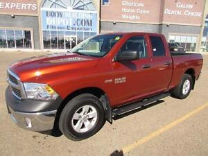 2013 Dodge Ram 1500 4x4 CrewCab  (only 30,000 kms)