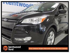 2015 Ford Escape SE 4WD ecoboost with back up cam, keyless entry