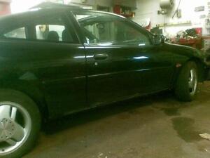 2000 Chevrolet  Coupe (2 door)