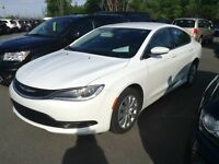 2015 Chrysler 200 LX BLANC PLAN OR + MASTERSHIELD