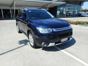 2014 Mitsubishi Outlander ZJ MY14.5 ES 2WD Blue 6 Speed Constant Variable Wagon Yamanto Ipswich City Preview