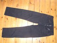 Black Levi 501 Jeans.