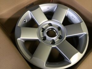 OEM Nissan Titan wheels City of Toronto Toronto (GTA) Preview