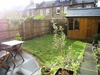 AVAILABLE 2 Bed Terraced in Gore Road, Raynes Park, SW20!!!
