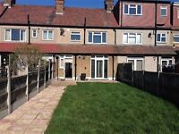 stunning 3 bedroom house - part dss accepted - move in asap