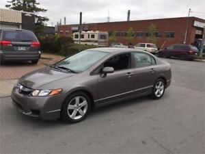 2009 honda civic- AUTOMATIC-  IMPECABLE** MAGS  -PROPRE-  5000$