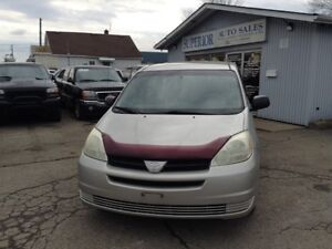 2004 Toyota Sienna CE Fully Certified! Carproof verified!