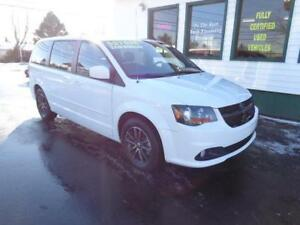 2017 Dodge Grand Caravan BLACKTOP EDITION only $219 bi-weekly!