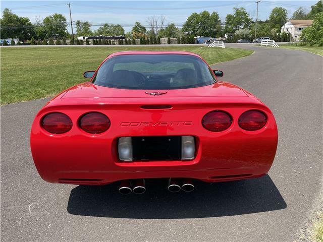 2000 Red Chevrolet Corvette Coupe  | C5 Corvette Photo 10