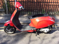 vespa breaking for parts ,Vespa Piaggio Primavera 2013 50cc 2 Stroke scooter (BREAKING FOR PARTS)