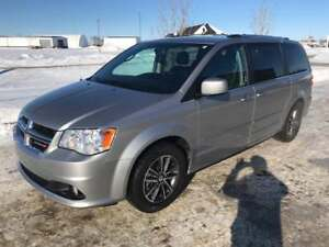 2017 Dodge Grand Caravan. Fully equipped and low kms!