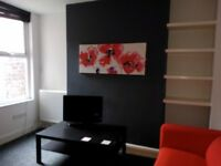 Kensington Fields room in a beautiful student house available now.