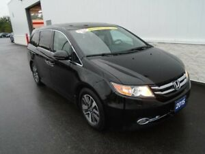 2015 Honda Odyssey Touring (Winter Tires on Rims)