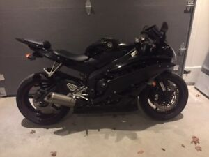 2006 Yamaha R6 - NEGOTIABLE