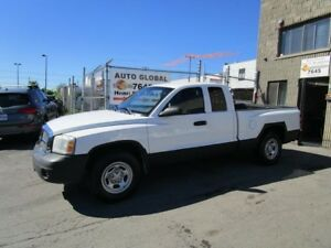 Dodge Dakota CLUB CAB 2X4 2005