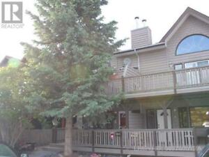 3-822 5TH STREET Canmore, Alberta