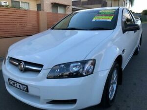2010 Holden Commodore VE MY10 Omega White 4 Speed Automatic Utility Waratah Newcastle Area Preview