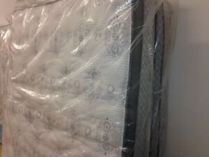 Luxury Mattress from Show Home Staging, SALE Only 4 Left!! Cambridge Kitchener Area image 10