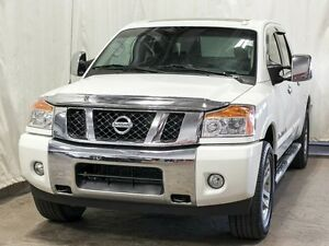 2013 Nissan Titan SL 4WD Crew Cab w/ Navigation, Leather, Sunroo