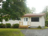 New Price! Located in Nashwaaksis only $124,900!!