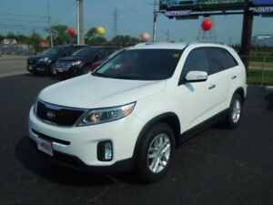 2014 KIA SORENTO LX- BACKUP SENSOR, BLUETOOTH, SATELLITE RADIO,