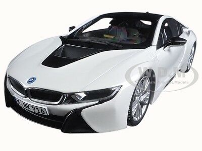 BMW i8 CRYSTAL Drained 1/18 DIECAST Mould CAR BY Ideal 97083