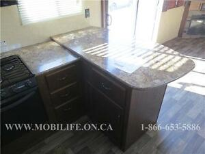 **HUGE FRONT KITCHEN**COUPLES PARK MODEL FOR SALE **CLEARANCE** Kitchener / Waterloo Kitchener Area image 8
