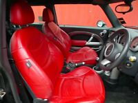 Mini Cooper S 3-door hatchback with CHILI pack, low mileage and custom leather seats