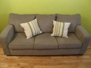 Divan-lit / Canapé-lit 3 places à vendre ou à échanger
