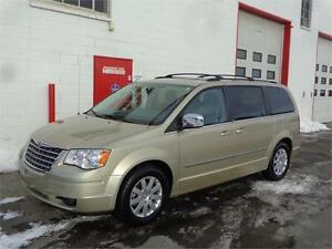 2010 Chrysler Town & Country ~ DVD ~ Backup cam ~ $12,999
