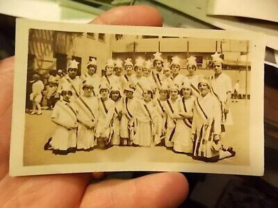 Girls Matching Costumes (VINT SNAPSHOT PHOTO, YOUNG SCHOOL GIRLS IN MATCHING COSTUMES, SAN)
