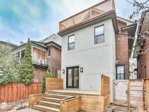 5 bed luxurious detached house upper level for rent in Downtown