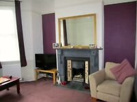 2 bedroom ground floor flat with garden
