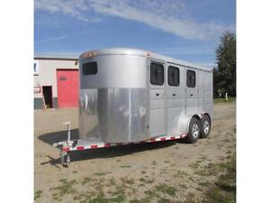 2016 Calico Silver 3 Horse HD Trailer 7' Tall w. Dressing Room