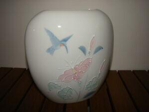 Vintage flat porcelain vase with Hummingbird & Hibiscus