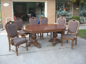 Dining Set, 2 bar stools & matching Hutch. Excellent quality.