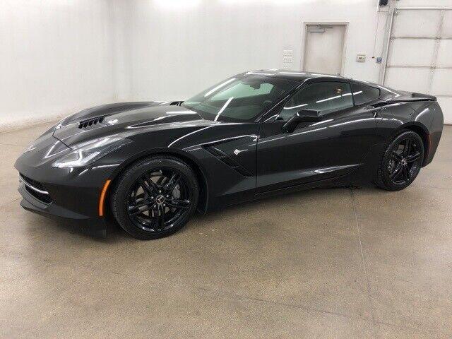 2016 Black Chevrolet Corvette Stingray    C7 Corvette Photo 5
