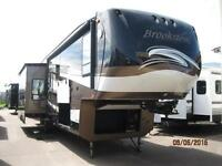 WOW!!! Brookstone 37' Fifth Wheel with 4 Slides, a must See!!!