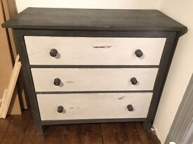 Good solid 'distressed' look chest of drawers