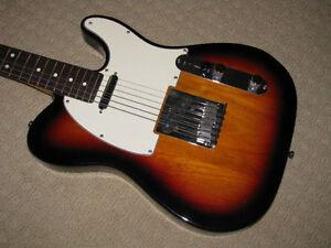 1999 Fender Sunburst Telecaster American Standard - Mint!