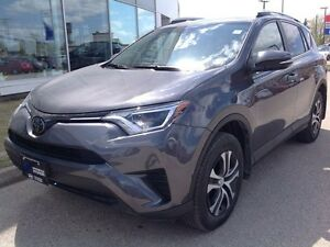 2017 Toyota Rav4 AWD LE Bluetooth