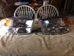 2013 Dodge Ram 1500 Headlights For Sale