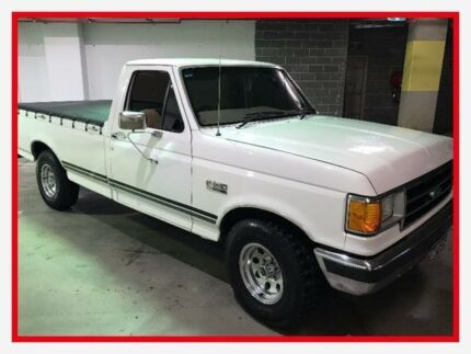 1989 Ford F150 1012 White Automatic Utility