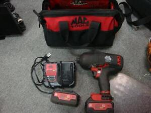 "Mac Tools 20V MAX 1/2"" DRIVE BL-SPEC HIGH-TORQUE BRUSHLESS IMPACT WRENCH KIT w/ 2 batteries and charger"