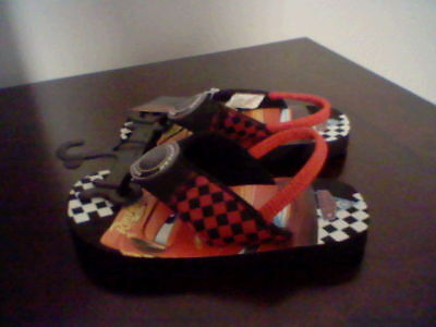 BRAND NEW TODDLER BOYS SIZE 7-8 DISNEY CARS FLIP FLOPS WITH