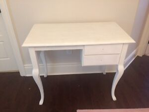 beautiful desk - for study, make-up or as display - for sell @@@