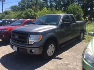 2013 Ford F-150 STX STX ,A/C, LOW KILO