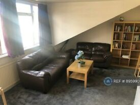 1 bedroom flat in Maygrove Road, London, NW6 (1 bed) (#895990)