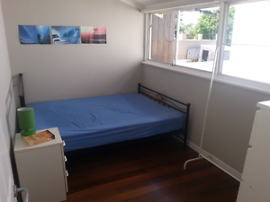 Room For rent Doubleview/ Scarborough Doubleview Stirling Area Preview